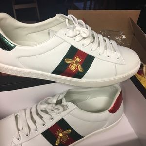 Gucci bee leather ace